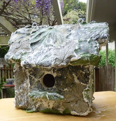 BirdHouse2 Veneer of concrete leaves